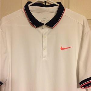 Nike Men's short sleeve polo shirt size XLARGE